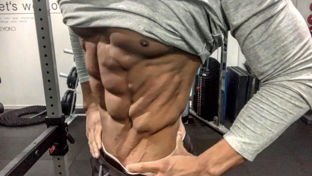 腹筋を割るなら腹筋運動が最適?】   パーソナルトレーニングジムの ...